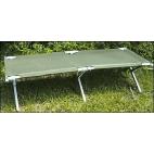 Stalas su kėdutėmis Pinguin Table Set (Nuoma)